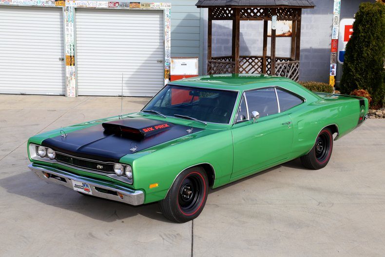 1969 Dodge Super Bee A12 440 Six Pack Four Speed Dana 60