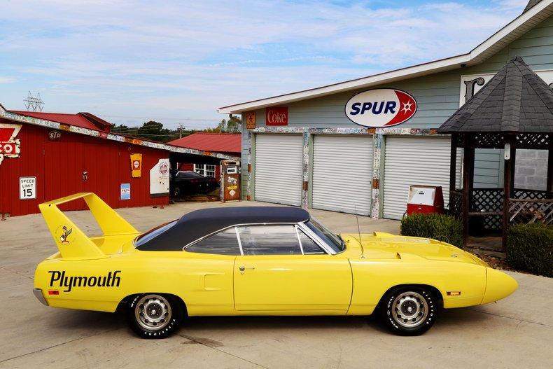 1970 Plymouth Superbird 28