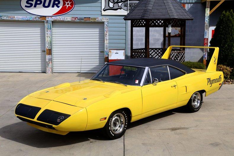 1970 Plymouth Superbird 9