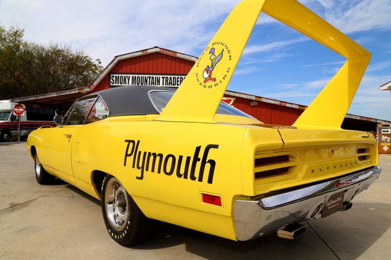 1970 Plymouth Superbird 19