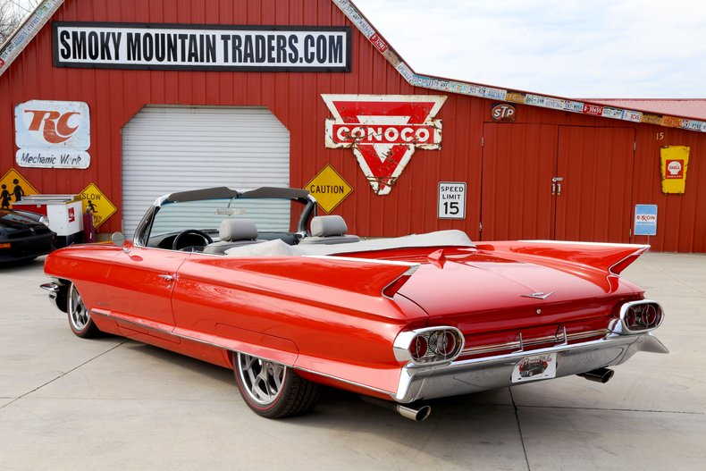 1961 Cadillac Series 62 18