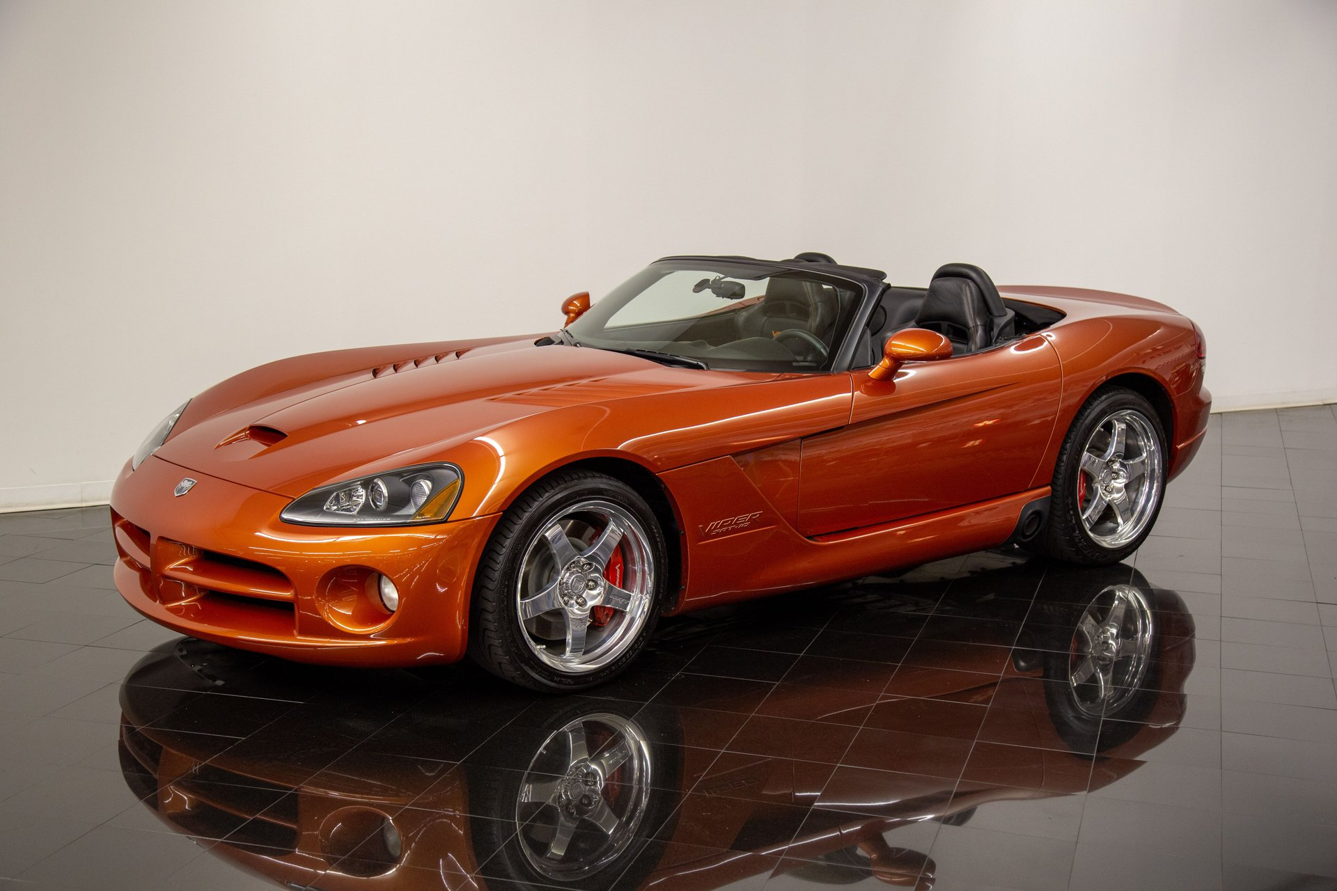 2005 dodge viper srt 10 copperhead edition