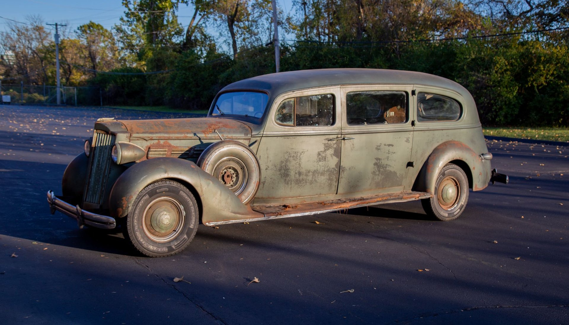 1937 packard one twenty hearse