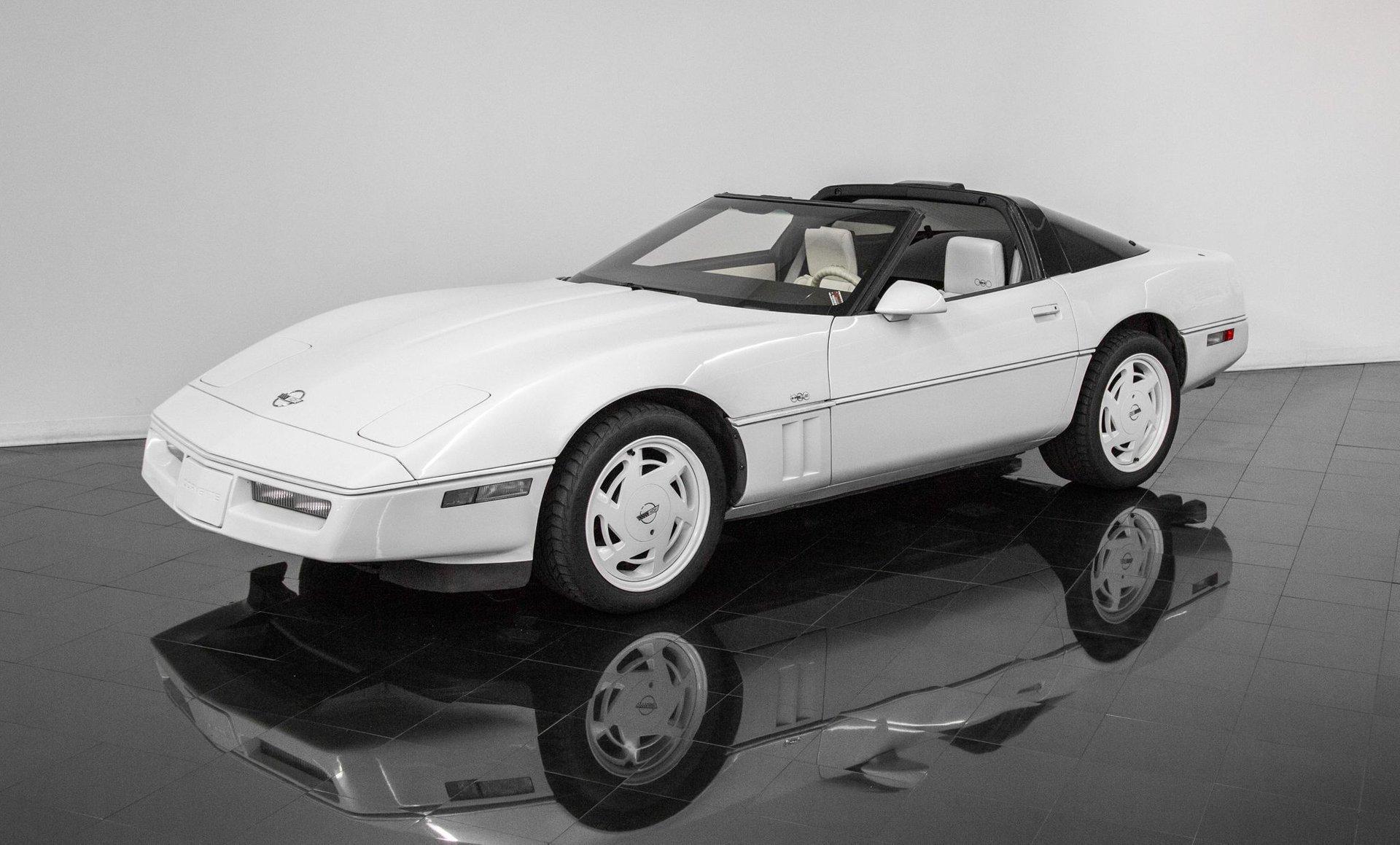 1988 chevrolet corvette convertible rwd
