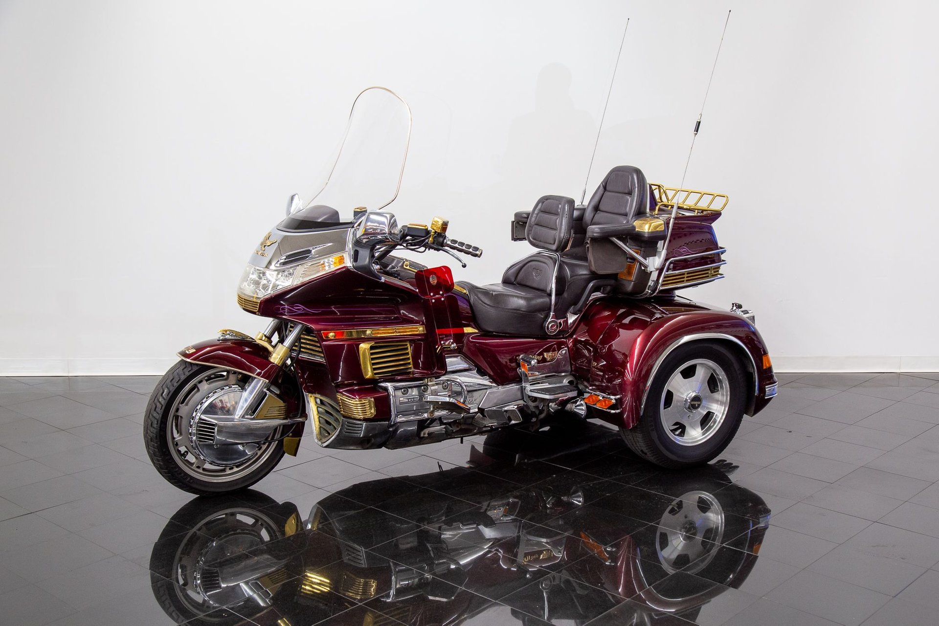 1989 honda gold wing motorcycle gl1500