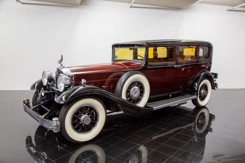 1932 Packard Deluxe Eight 904 5/7 Passenger Sedan