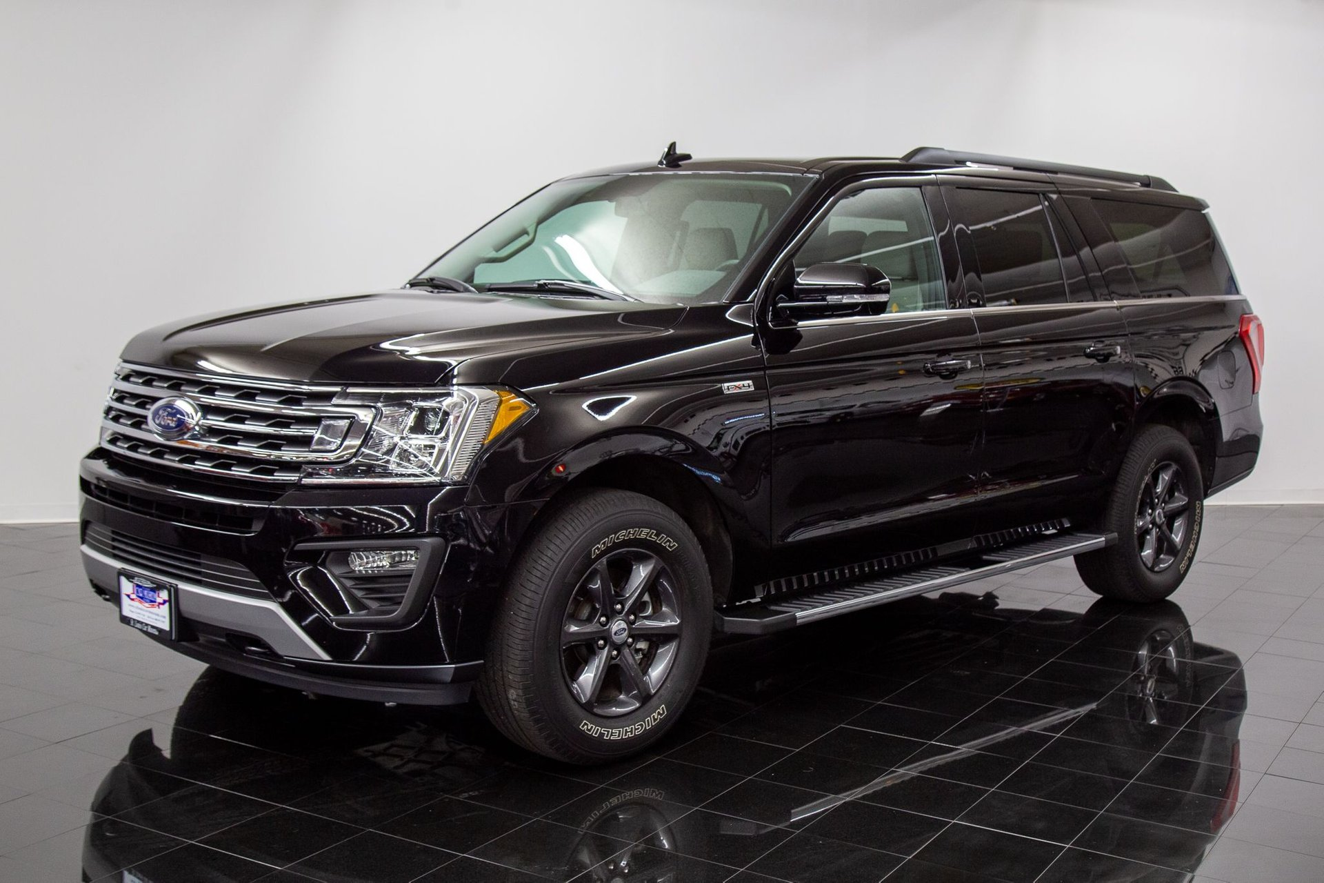 2019 ford expedition xlt max fx4