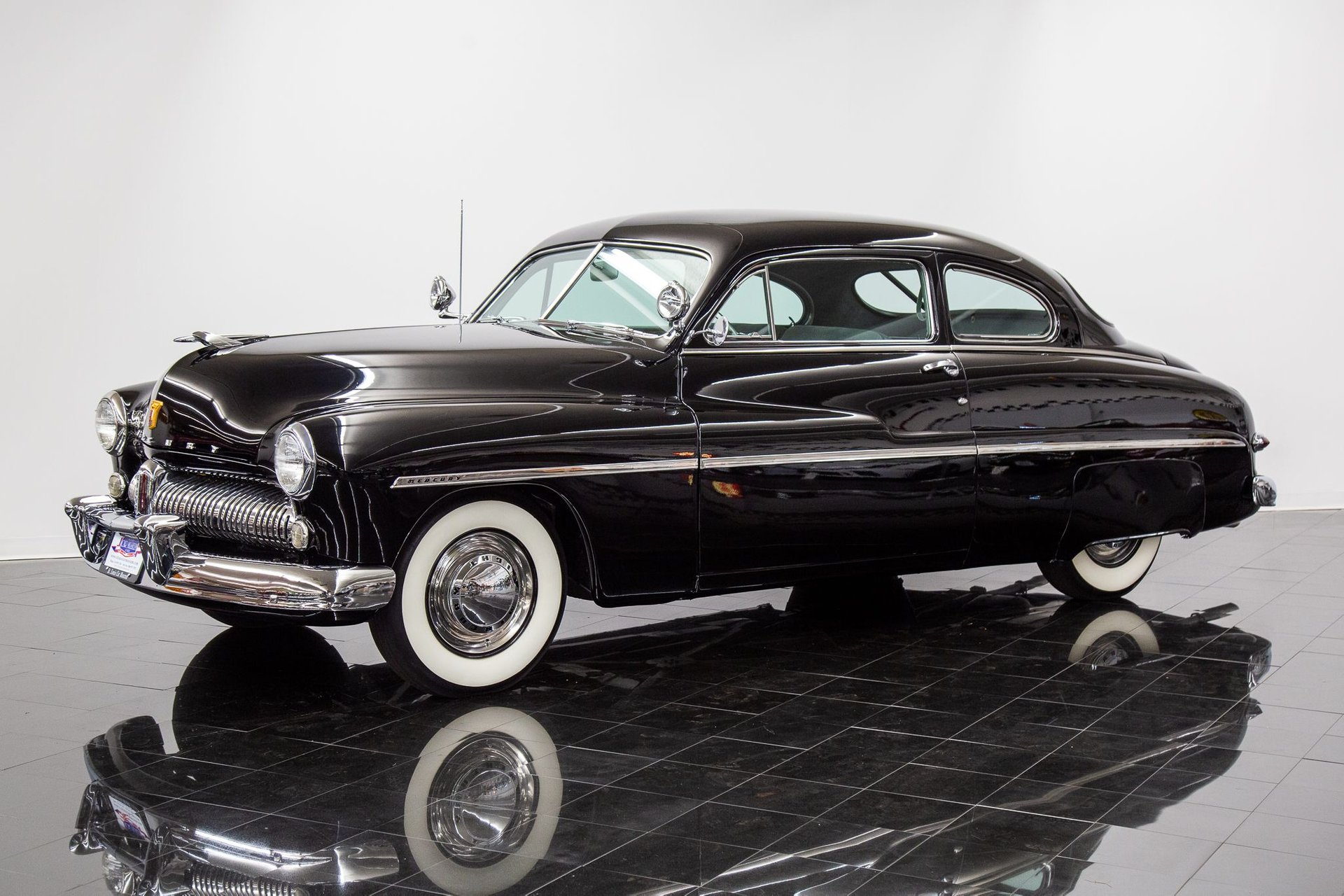 1949 mercury deluxe eight