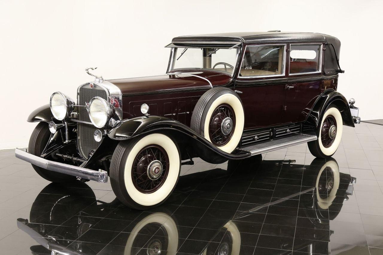 1931 cadillac 355a town sedan