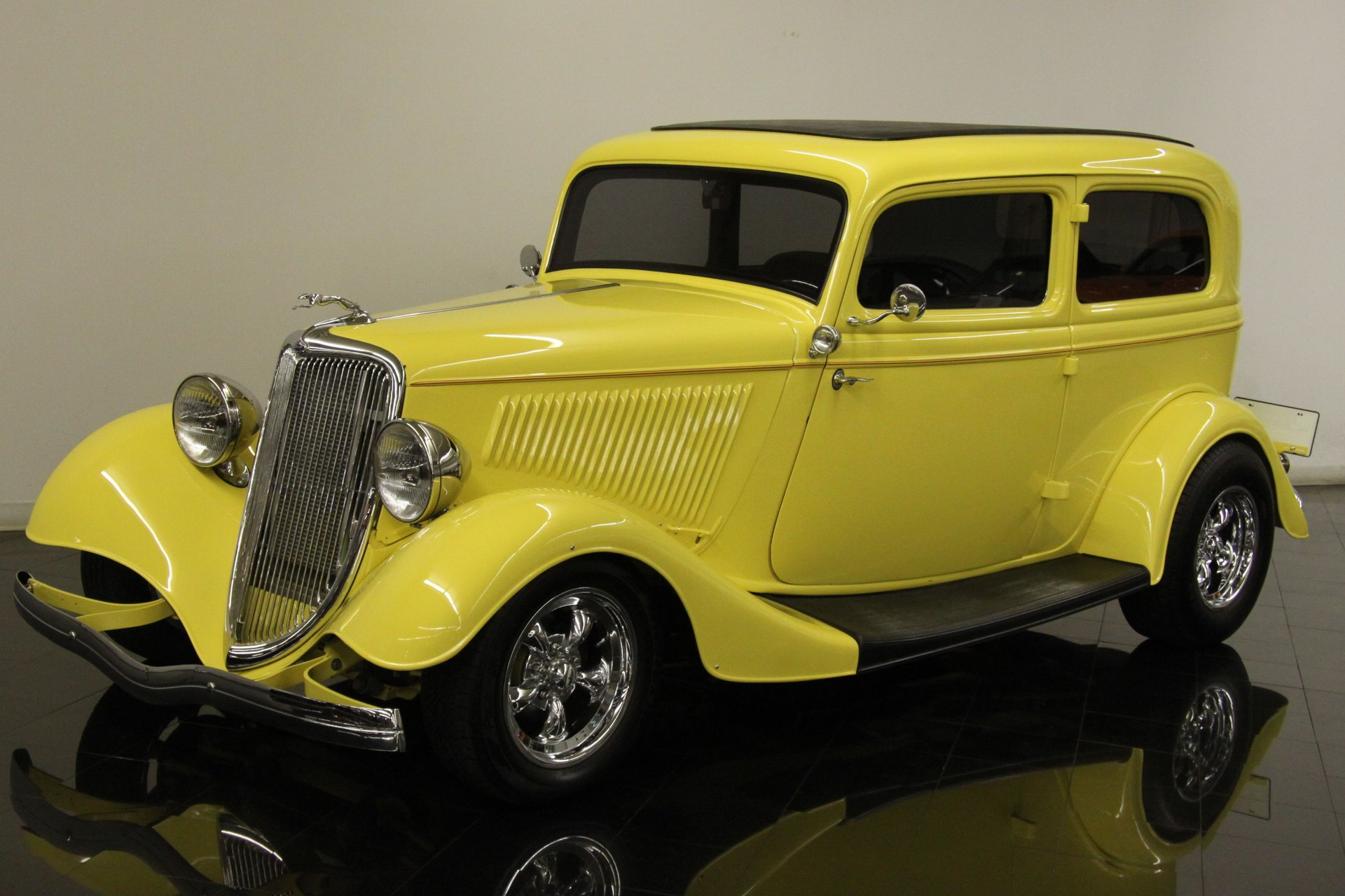 1934 ford model 40 2 door sedan street rod