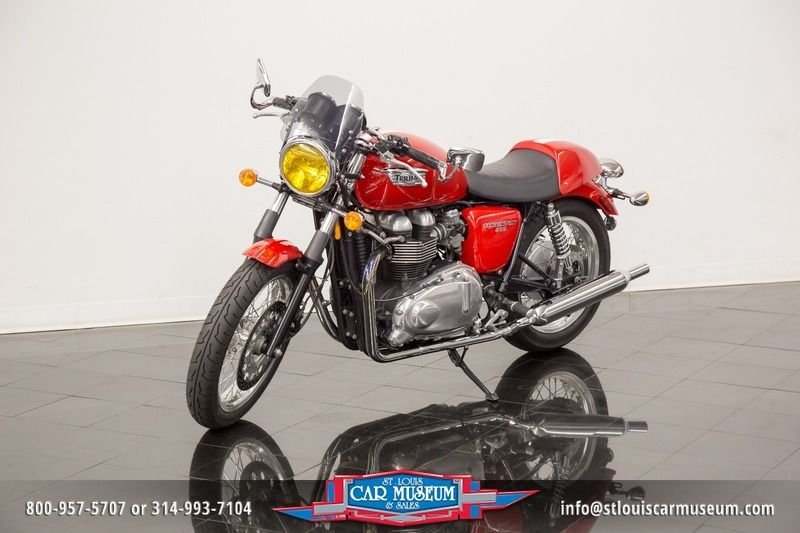 2010 triumph motorcycle