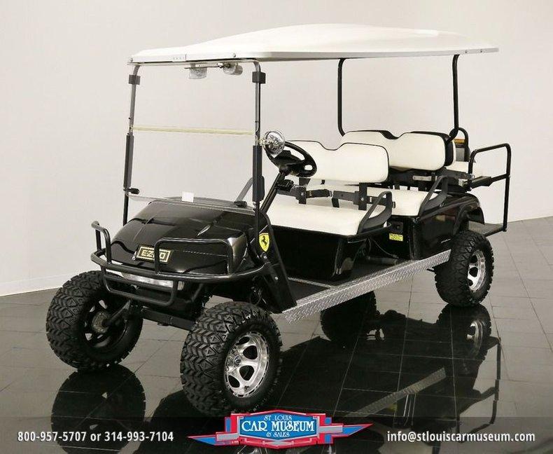 2006 E-Z-GO 6 Passenger Golf Cart