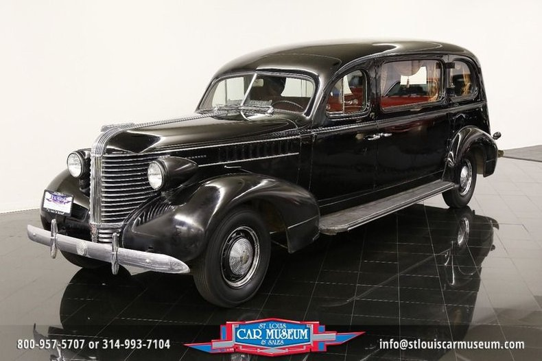 1938 Pontiac Superior Hearse