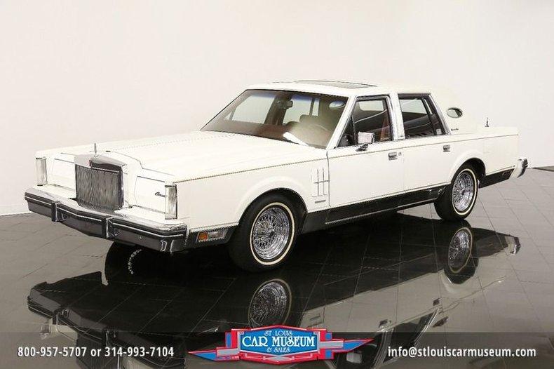 1983 Lincoln Continental Mark VI Signature Series