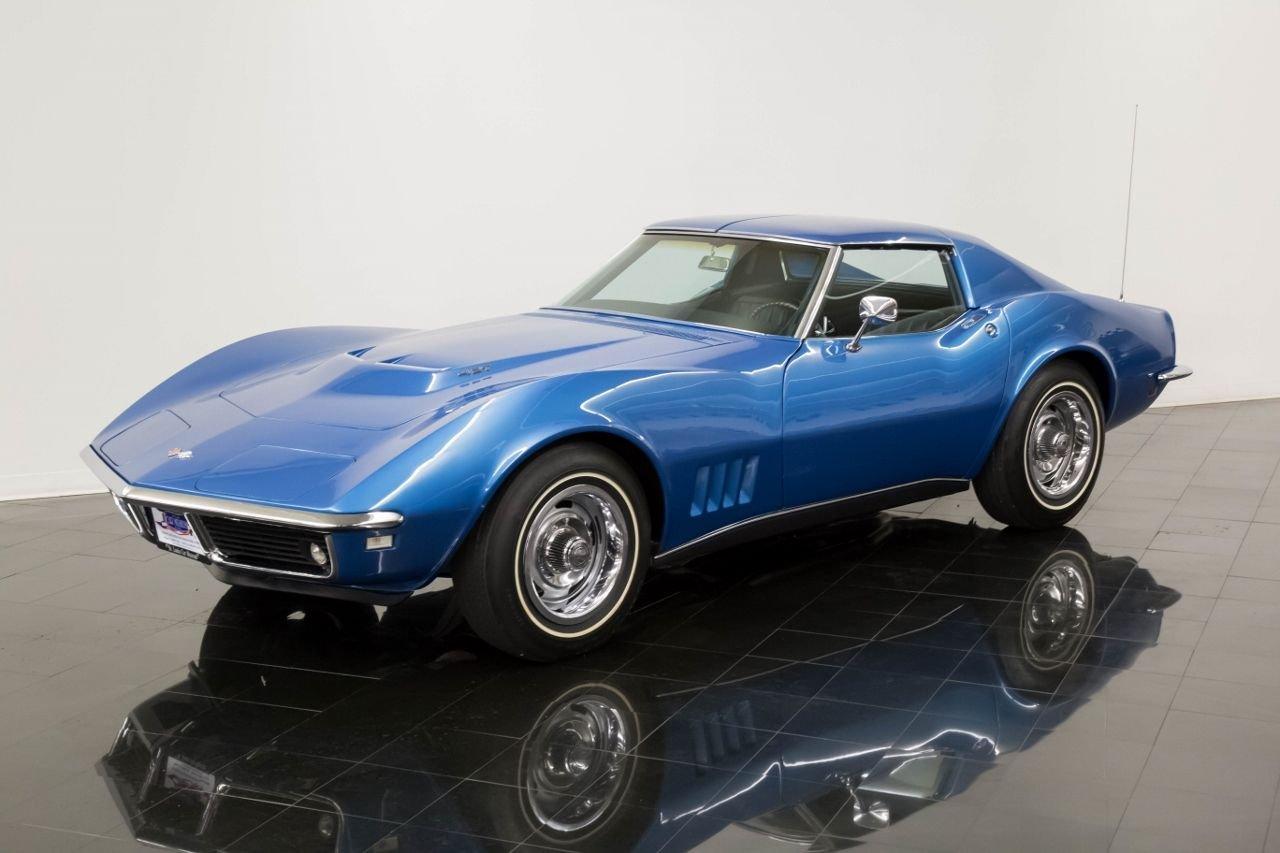 1968 chevrolet corvette t top coupe
