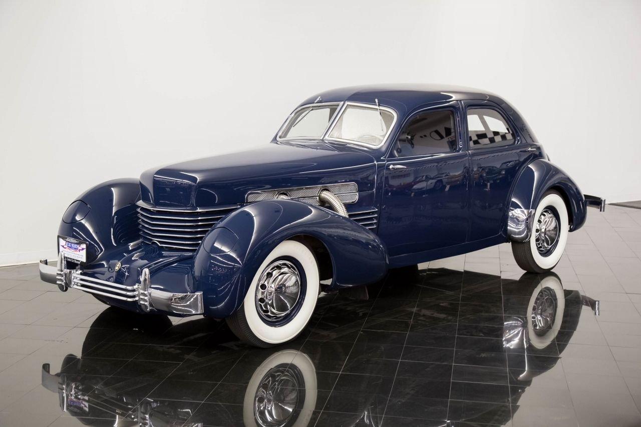 1937 cord 812 bevery supercharged sedan