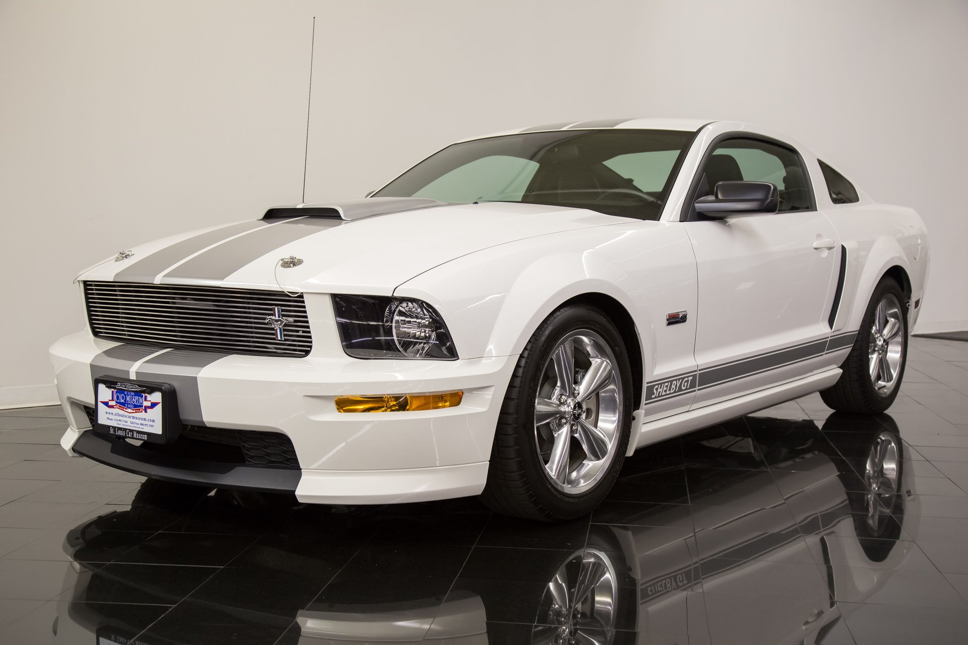 2007 shelby mustang gt coupe
