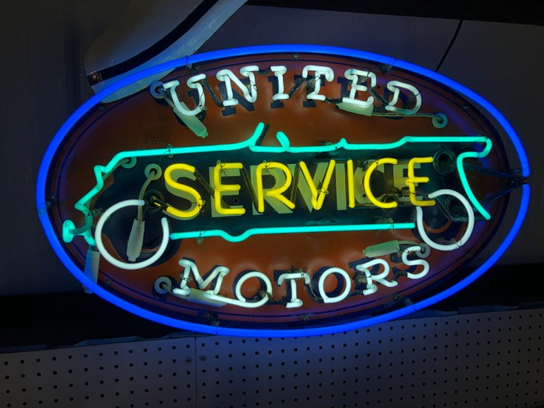 RARE UNITED MOTORS SERVICE NEON SIGN