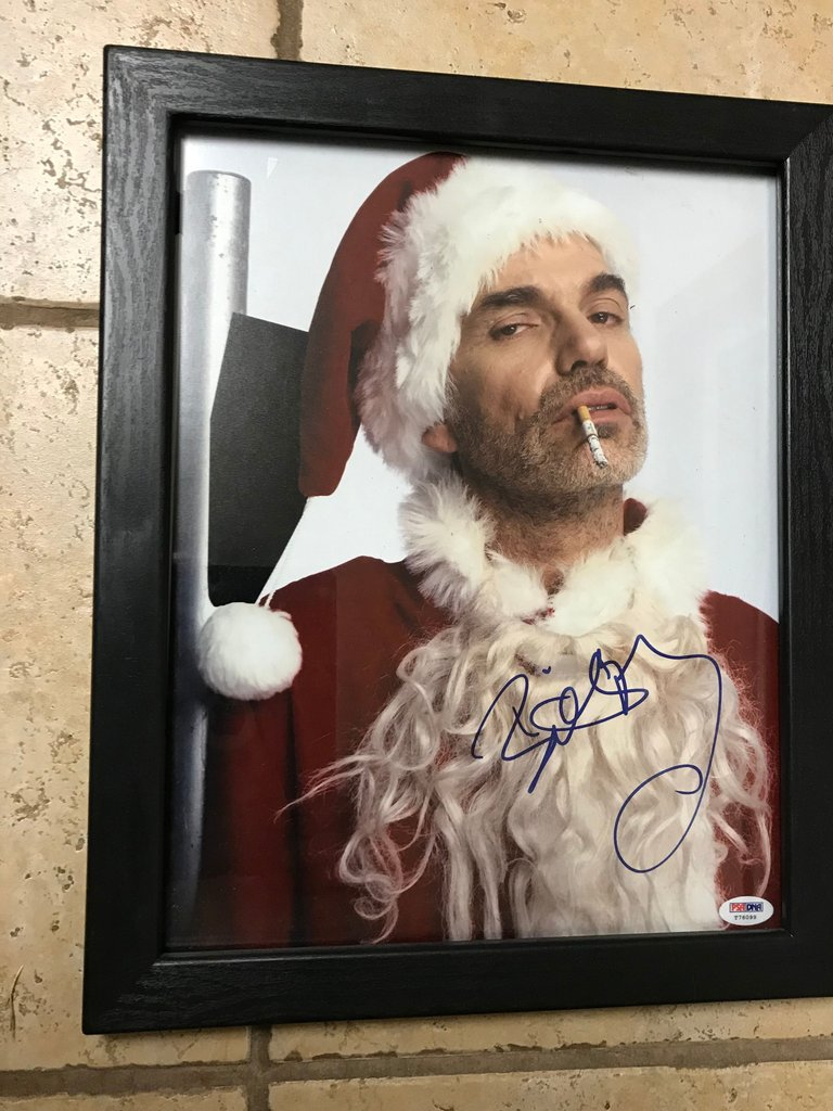 "AUTOGRAPHED BILLY BOB THORNTON ""BAD SANTA"" PHOTO WITH C.O.A."