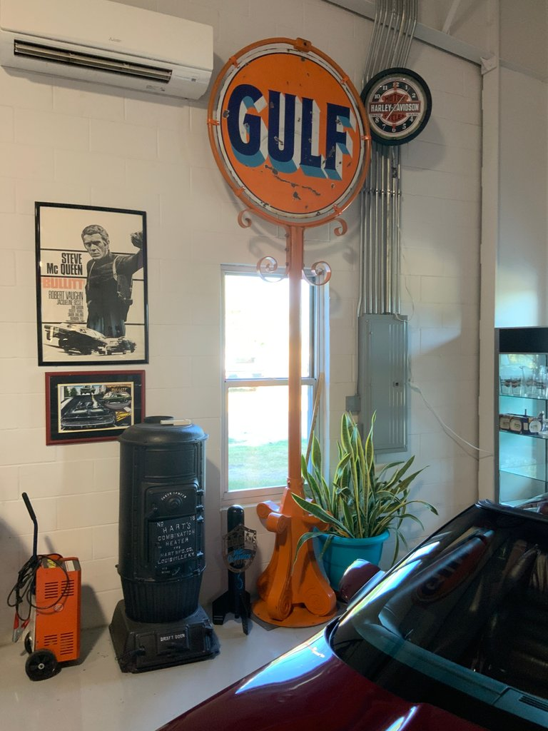 Original Gulf sign approximately 12 foot tall