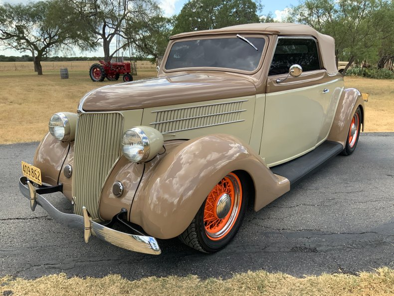1936 Ford Club Cabriolet