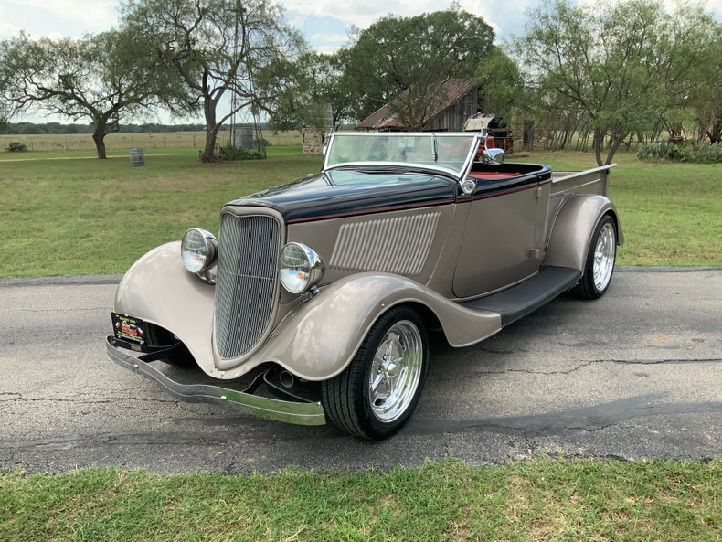 1933 Ford Roadster Fiberglass 350 4 speed