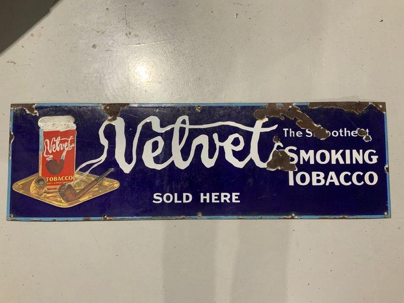 Original porcelain Velvet Smoking tobacco sign
