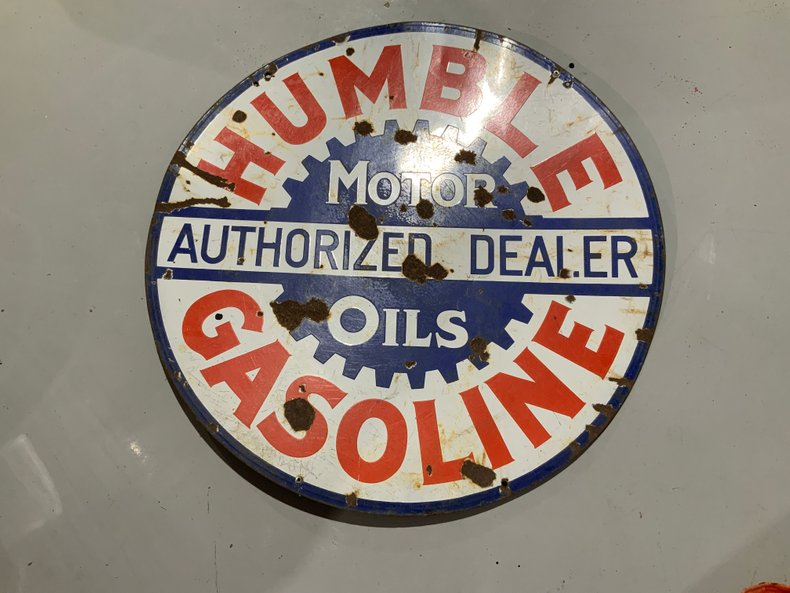 Original Humble garage collectible decoration