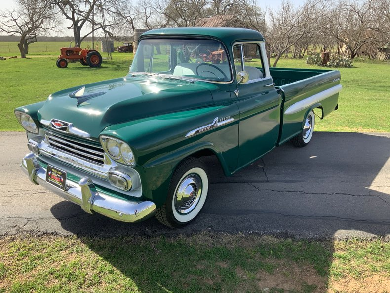 1958 Chevrolet Apache 32