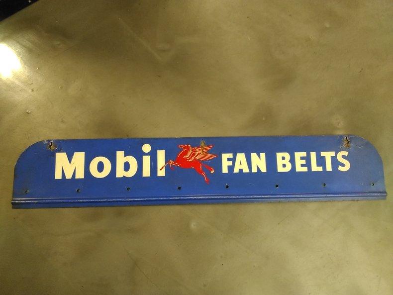 Mobil Fan Belt Sign