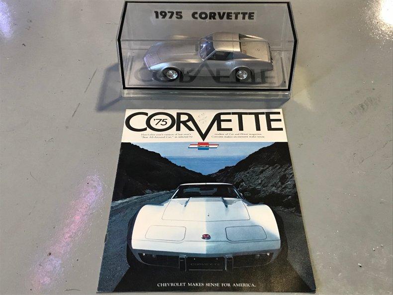 ORIGINAL PROMO CAR AND DEALER BROCHURE 75 CORVETTE