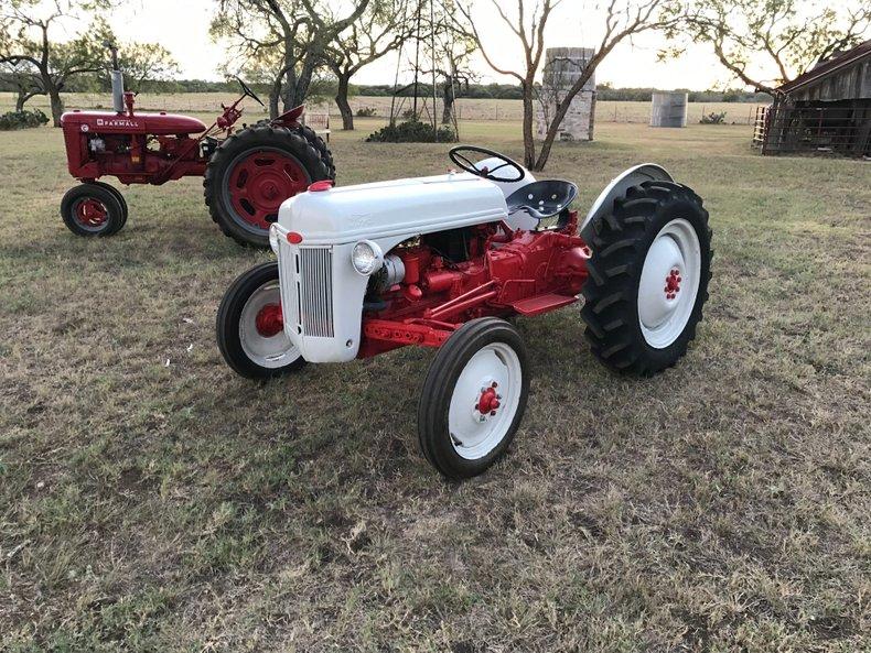 1953 Ford 8 N