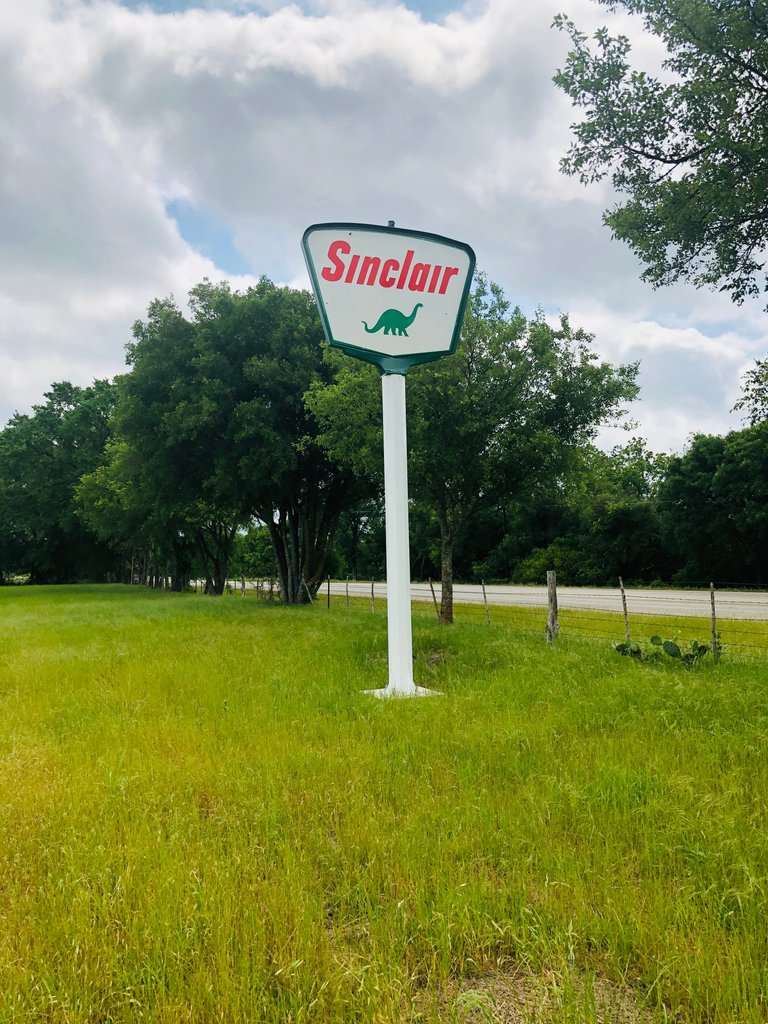 18ft Powder-Coated pole with original porcelain 1961 Sinclair sign