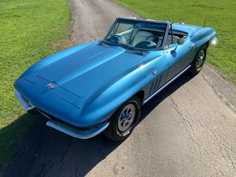 1965 Chevrolet Corvette Sting Ray, #'s 327/300, 4-Sp, 2 Tops