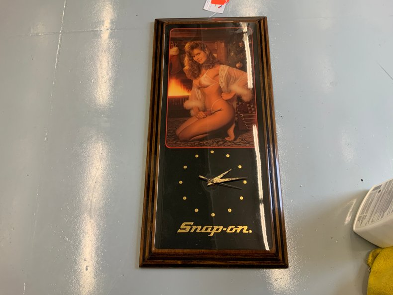 90's Snap-On Underwear Model Clock Black & Gold