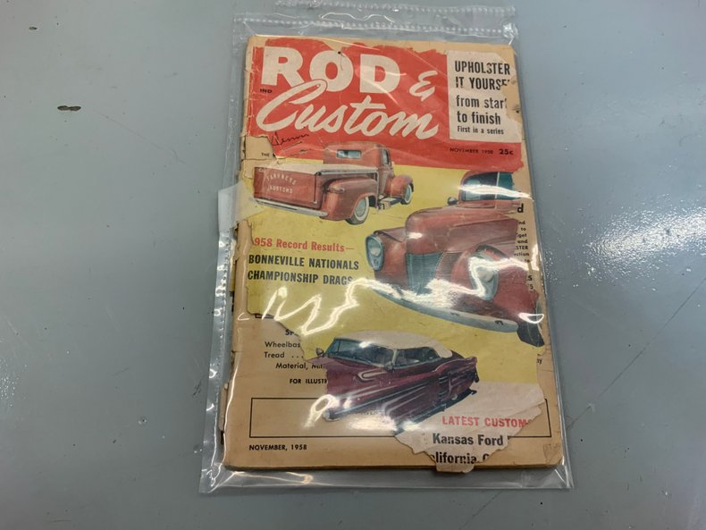 November 1958 Rods and Customs magazine