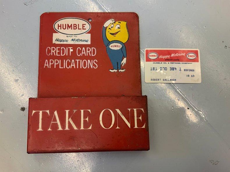 Super rare Humble credit card display metal original