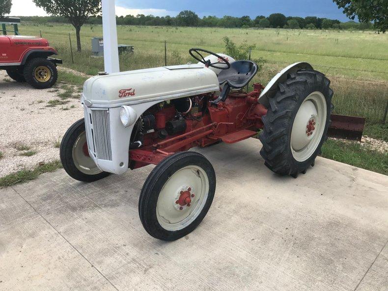 1951 Ford 8 N