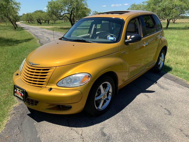 2002 Chrysler PT Cruiser Rare Dream Cruiser Series 1, Under 11K miles