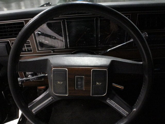 1988 Lincoln Town Car Streetside Classics The Nation S Trusted