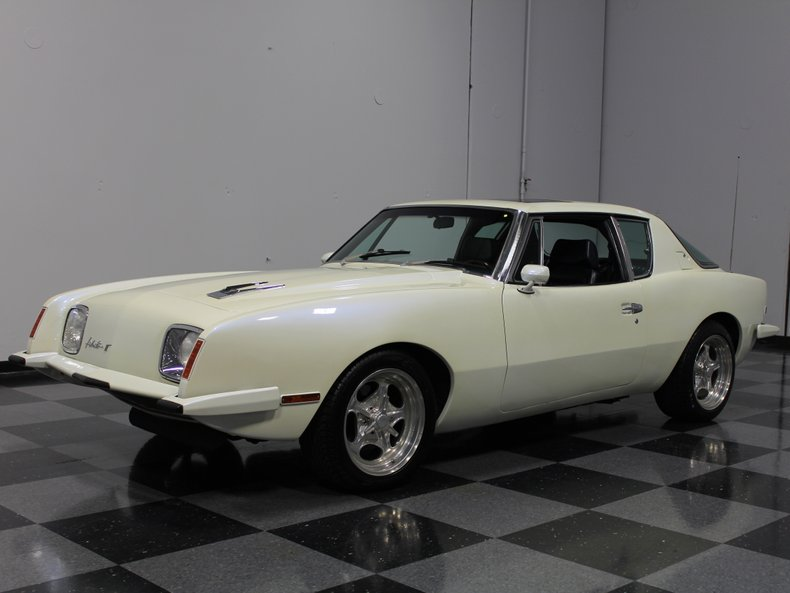 For Sale: 1982 Avanti Avanti II