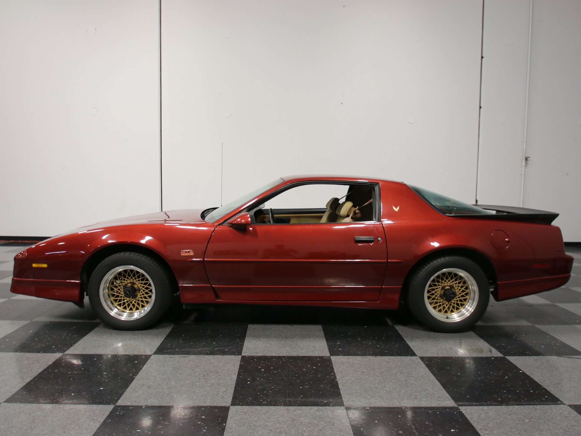 1988 pontiac firebird trans am gta