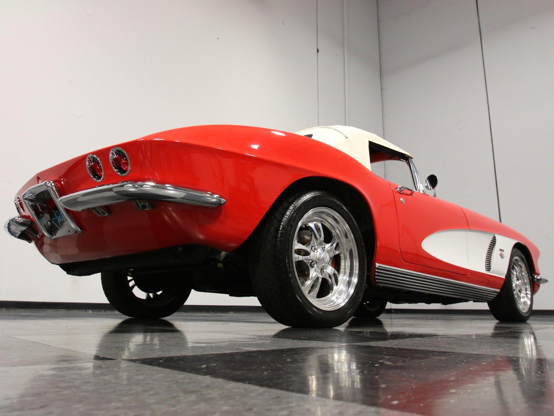 1962 Chevrolet Corvette   Streetside Classics - The Nation's Trusted