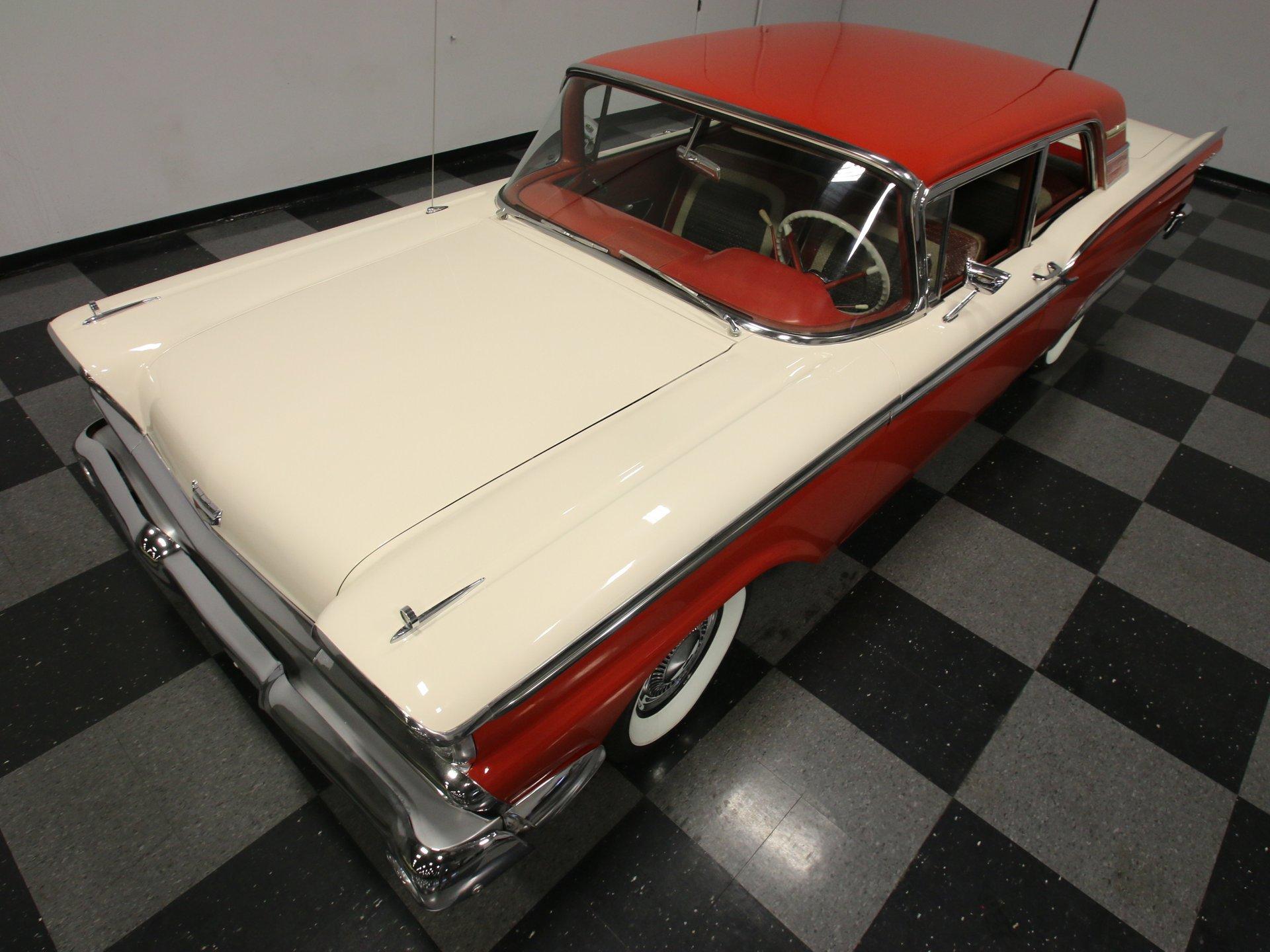 1959 Ford Fairlane   Streetside Classics - The Nation's