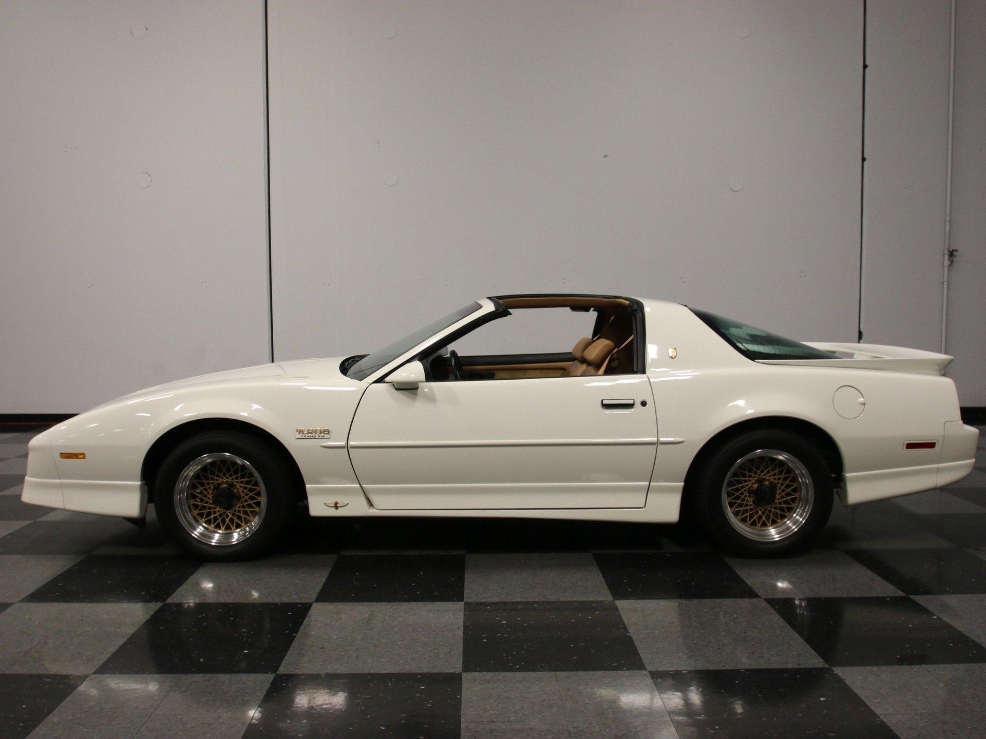 1989 pontiac firebird trans am pace car