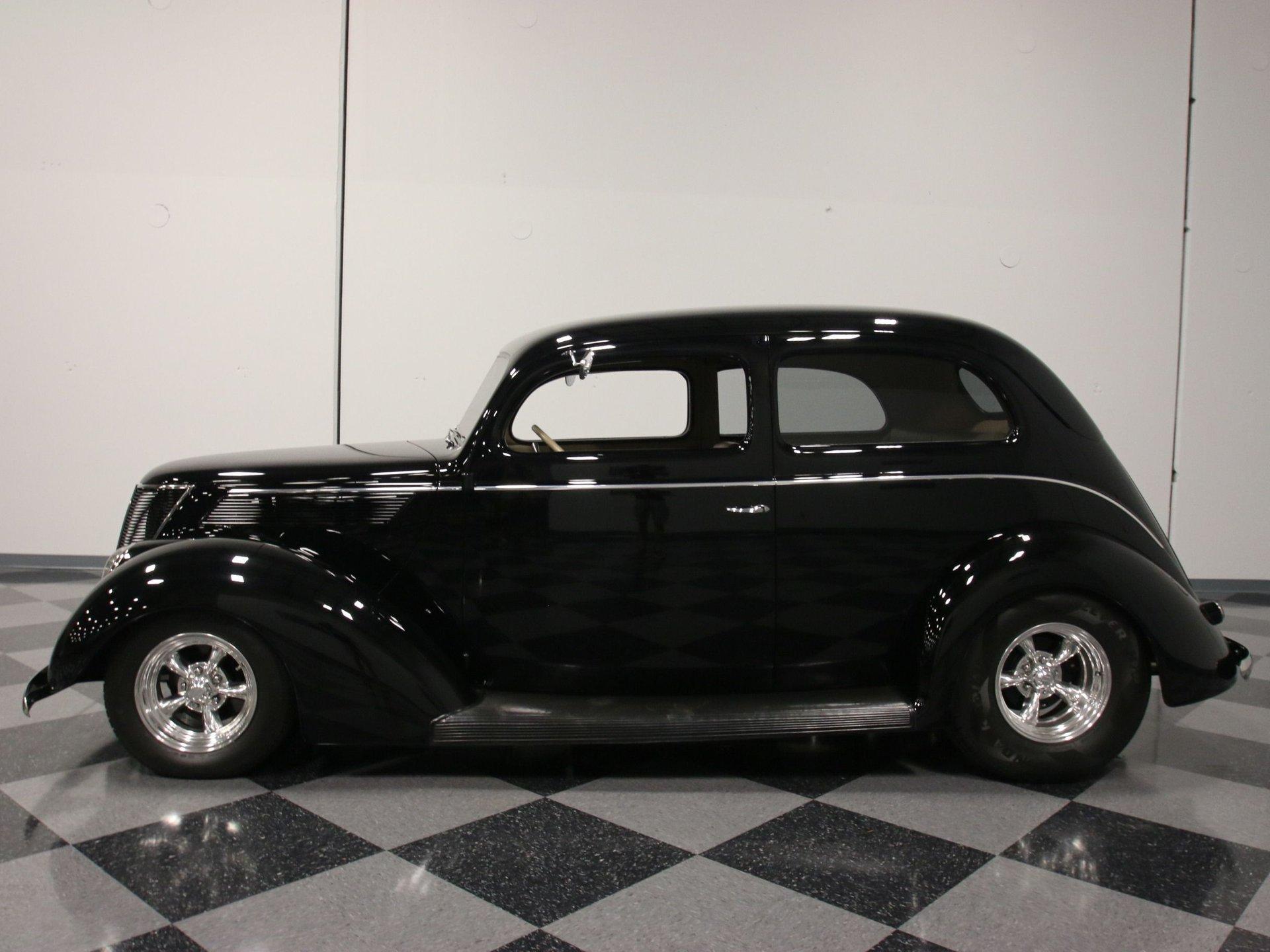 1937 ford slant back sedan