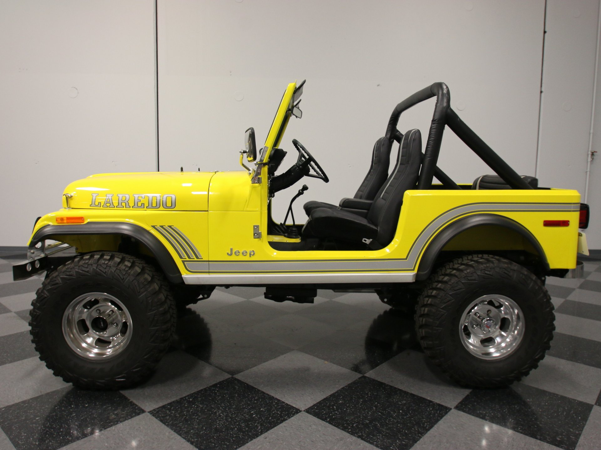 1982 jeep cj7 laredo