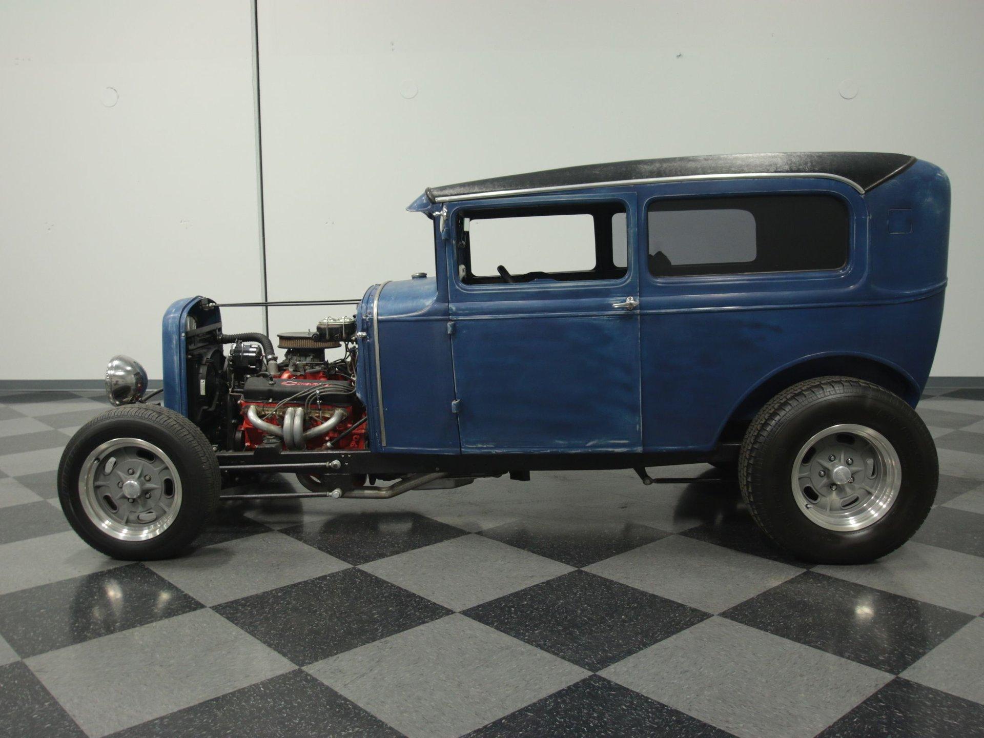 1930 ford sedan