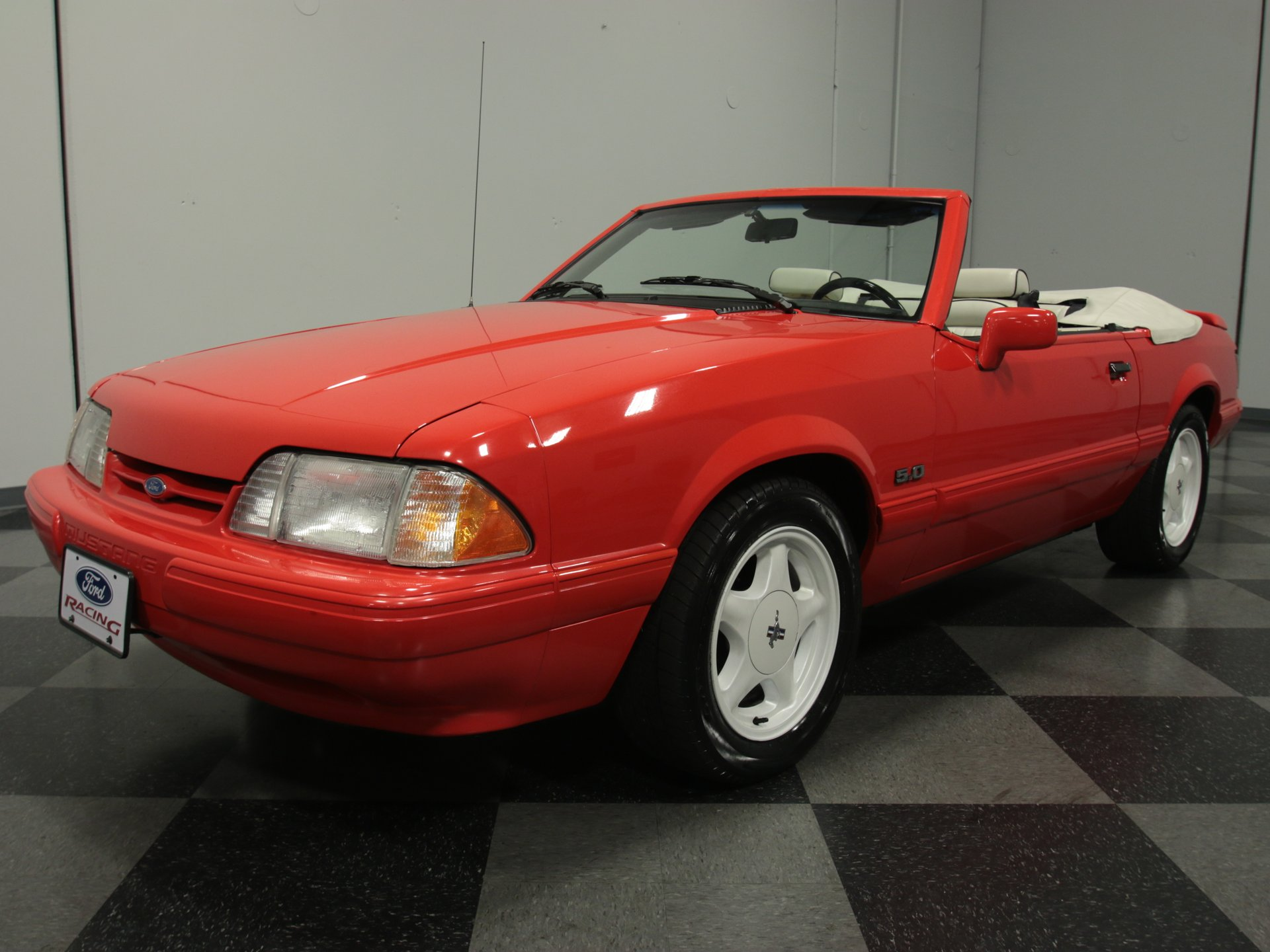 1992 ford mustang summer special