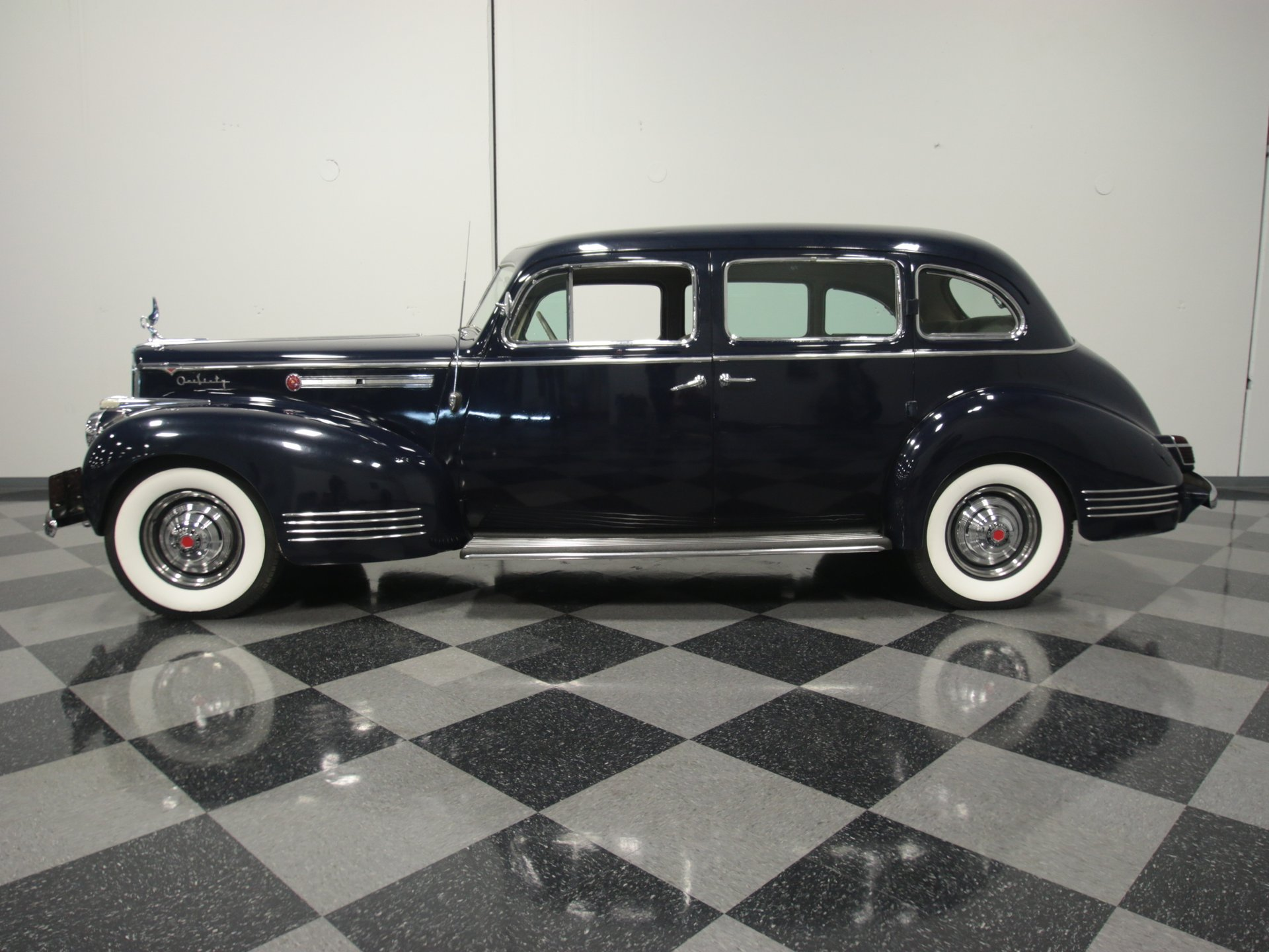 1941 packard 160 sedan
